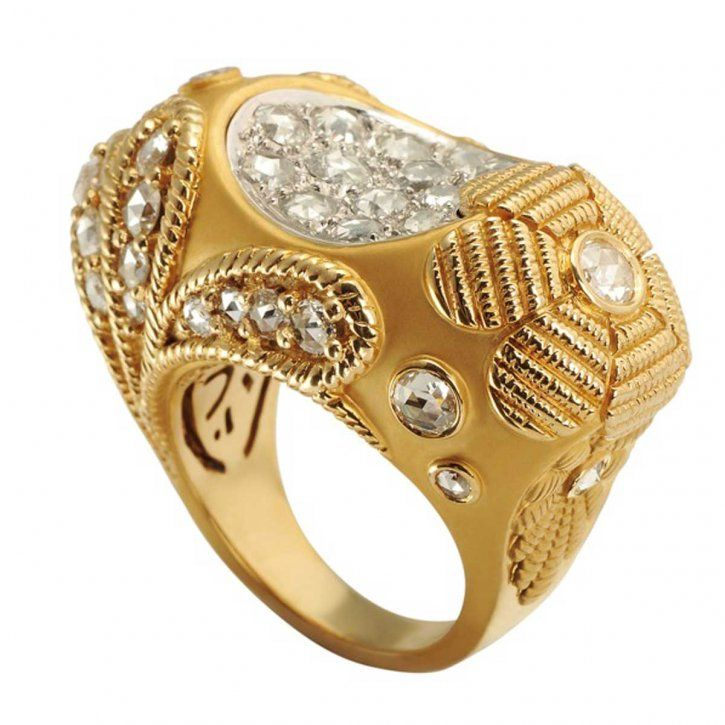Ring in yellow gold with diamonds by Carrera y Carrera