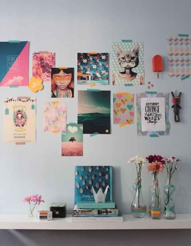 Decore uma parede com imagens legais da internet + use garrafas de vidro antigas como vasinhos de flor.