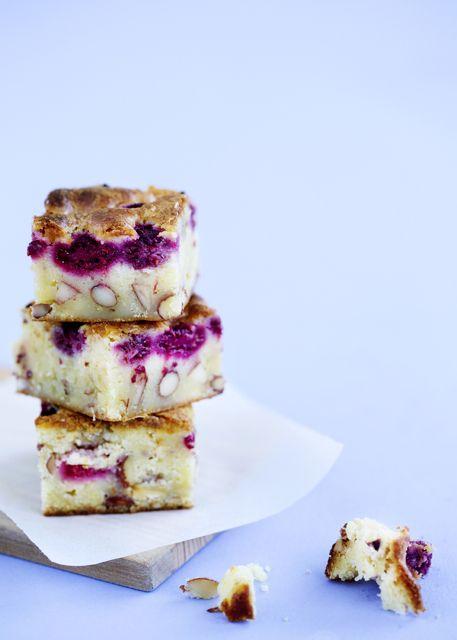 Blondies #raspberry #whitechocolate #almond
