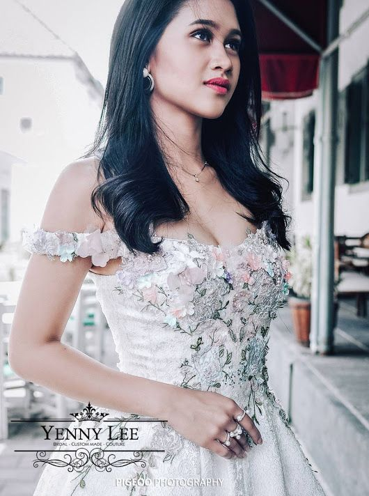 Yenny Lee Bridal Couture X Miss Earth Indonesia 2017 Hi, As usual just wanna share some nice picture. More details, please go to : https://yleebri... - Yenny Lee - Google+