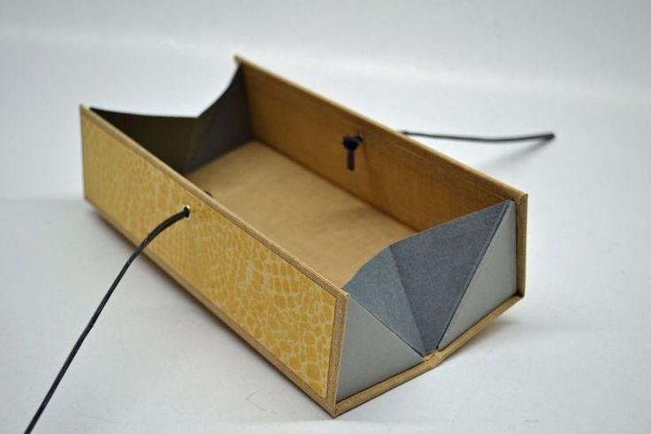 Stifteetui - Griffelbox sonnengelb - Etuis von Made-by-May - Stiftdosen  Etuis - Schreibbedarf  Zubehör - DaWanda, Made-by-May.de
