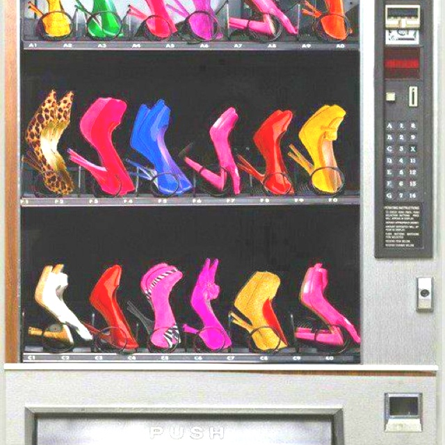 Every girls dream:)Girls, Fashion Shoes, Vending Machines, Style, Closets, Dreams Come True, Things, High Heels, Shoes Vending