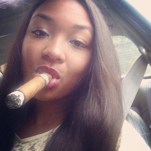 https://i.pinimg.com/736x/11/32/aa/1132aa0af6f9fcbdb744aeb55cb5000a--cigars.jpg