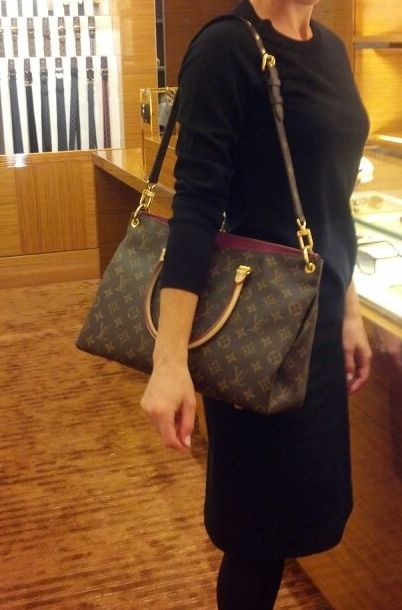 Louis Vuitton Pallas Bag  f619e27b13049