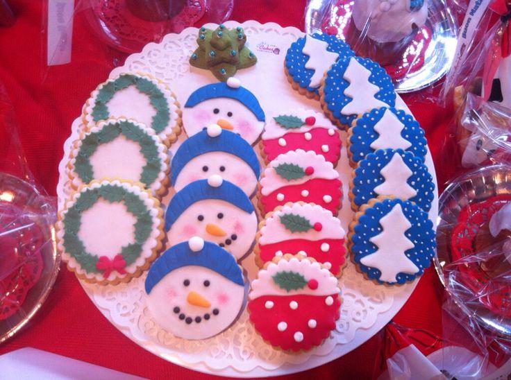 #biscotti di #Natale #biscuit #xmas #Christmas #Noël #pupazzodineve #albero #ghirlanda #chiryscakes #cakedesign #fondant #decoration #decorazione