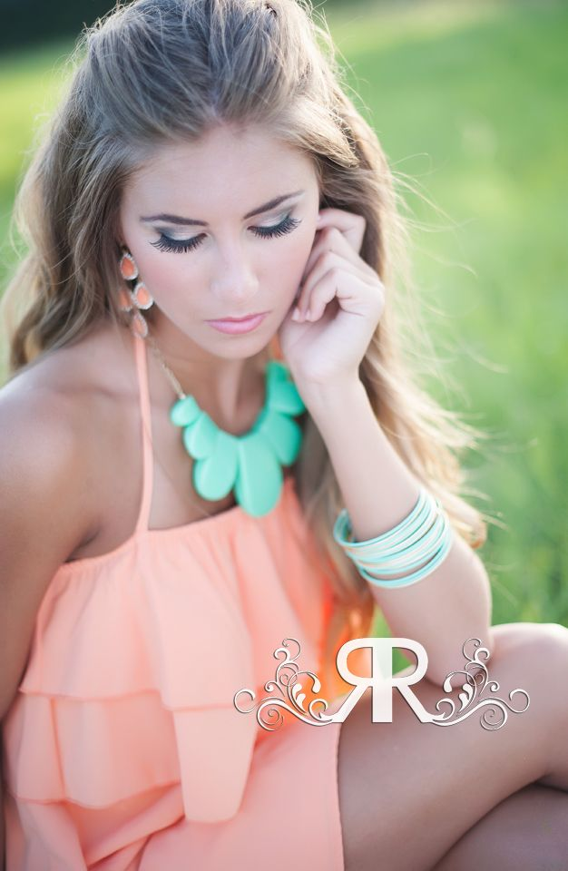 Corynn: Houston, TX Senior Portrait Photographer (Clear Lake High School) » Reflections by Rosie Photography