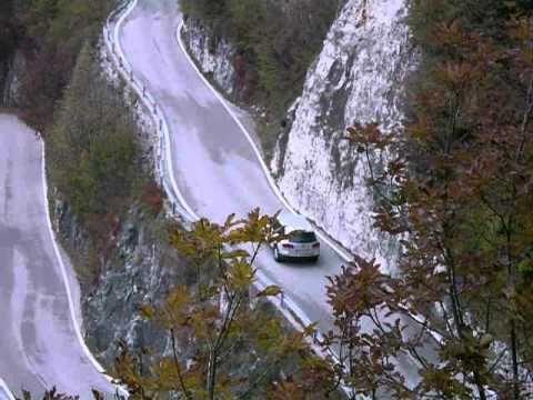 Il sound poderoso della VW Touareg V8 4.2  MY 2008