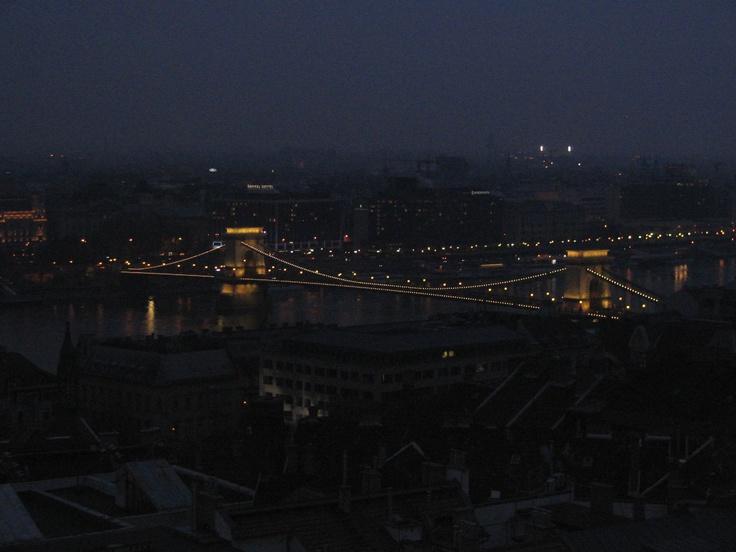Budapest's Chain Bridge at night