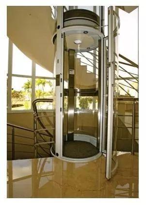 elevador residencial carga e acessibilidade