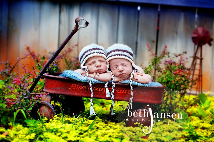best twin shot ever! By far one of my fave infant photos!