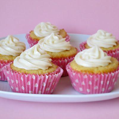 Pink Grapefruit Cupcakes Bakehouse, Cream Cheese Frostings, Pink Grapefruit, Alida Kitchens, Grapefruit Cupcakes, Grapefruit Cream, Cupcakes Rosa-Choqu, Cream Chees Frostings, Cream Cheeses