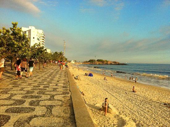 Praia de Ipanema ja tive a oportunidade de ir mais se aparecer outra oportunidade irei novamente.  Cidade maravilhosa