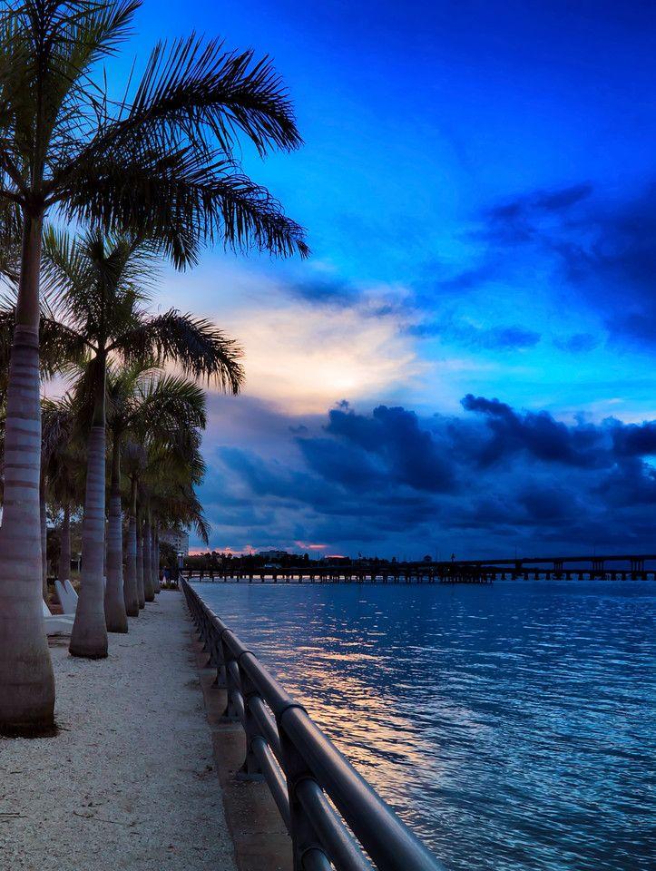 Bradenton riverwalk, Florida USA
