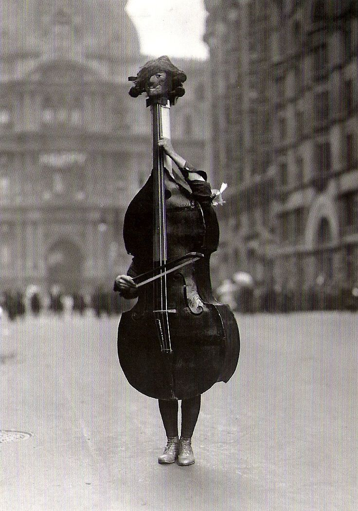Dr. Otto Bettmann    Walking Violin in Philadelphia Mummers' Parade, 1917    From The Bettmann Archive: More than 100 years of history