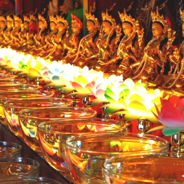 Buddhist Wedding Altar: 978 Best Sacred Space Images On Pinterest