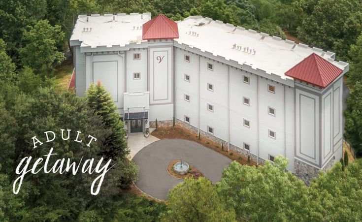 Looking for a hotel to stay in Helen, GA? The prestigious Valhalla Resort Hotel is nestled in the foothills of the Blue Ridge Mountains offering the breathtaking scenic mountain views. Contact us & book now.