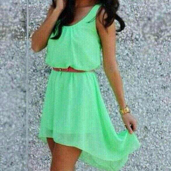 Nice color+nice dress