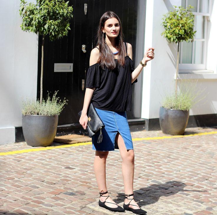 cool Длинные и короткие джинсовые юбки (50 фото) — Модные тенденции 2017 Читай больше http://avrorra.com/dzhinsovye-yubki-foto-modnye-tendencii/