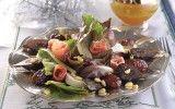 Ensalada con higos, cristalizados y jamón Serrano  Una fresca ensalada que no debe de faltar en tu mesa. Una excente idea que comulga con la Navidad..