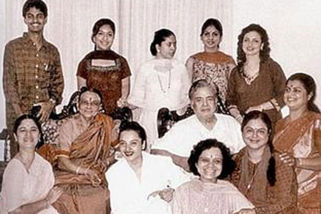 Rekha is actor Gemini Ganesan and actress Pushpavalli's daughter. Meet the entire Ganesan clan.