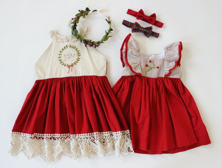 Styled children's photos, what to wear family photos, Christmas photo ideas, holiday photos, sibling sets, family photo ideas, what to wear for photos, flower crowns, flower halos, Well Dressed Wolf, Winterberries, Joy Dress, boys bow ties. Available to rent for photos and special occasions at www.raineyscloset.com.