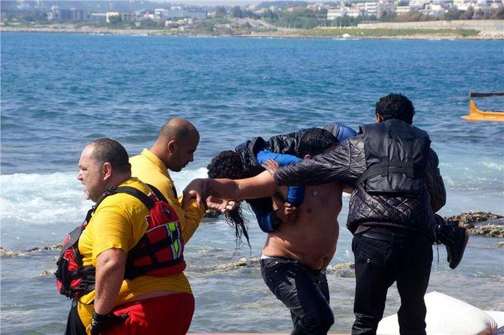 Ο «ήρωας» της Ρόδου: Ο λοχίας που έσωσε μόνος του 20 μετανάστες στο ναυάγιο [εικόνες] | iefimerida.gr