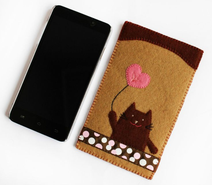 Felt phone pouch case with embroidery and cat theme