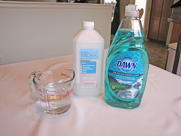 Homemade Clorox Disinfecting Wipes Living On A Dime To Grow Rich Recipe In 2020 Homemade Disinfecting Wipes Homemade Cleaning Wipes Homemade Clorox Wipes