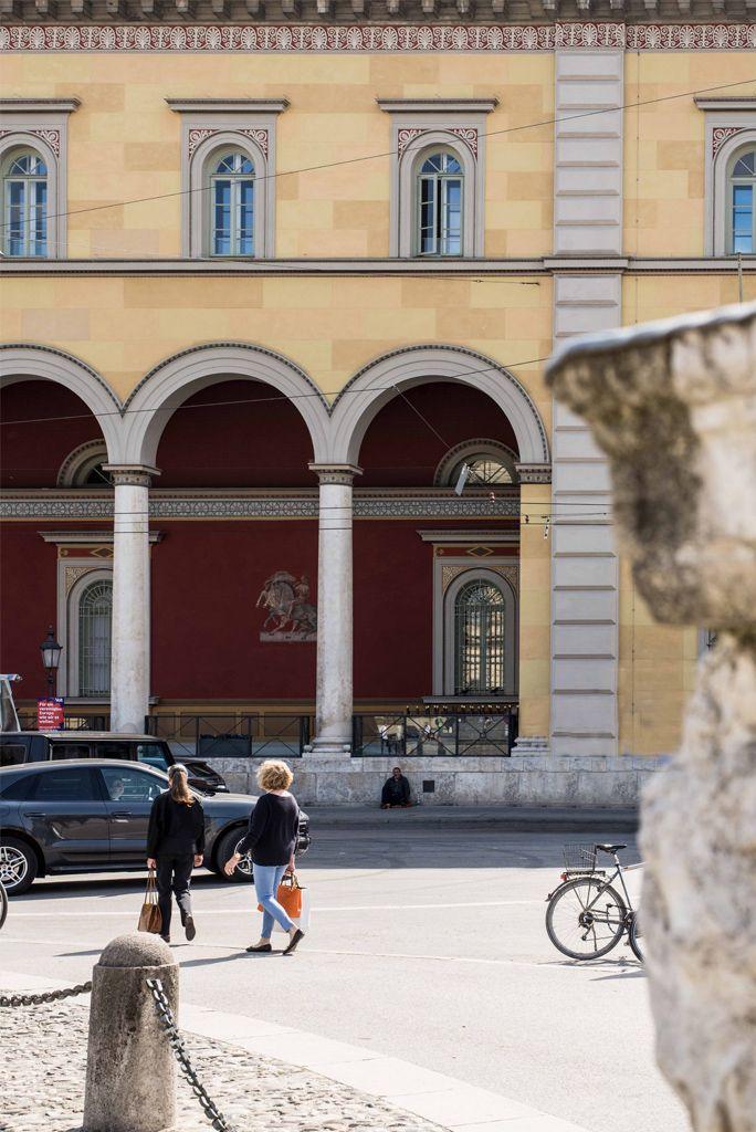 Monaco Di Bavaria Italienisches Lebensgefuhl In Munchen Cafe