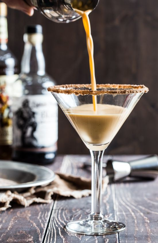 Pumpkin Eggnog Martini #CaptainsTable - Jelly Toast @Amber Massey Morgan