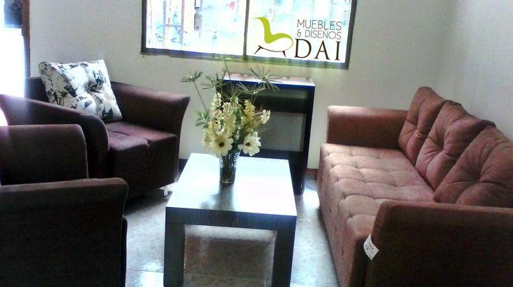 Sala Abanico, sofá de 3 puestos + 2 sillas $ 1.699.000