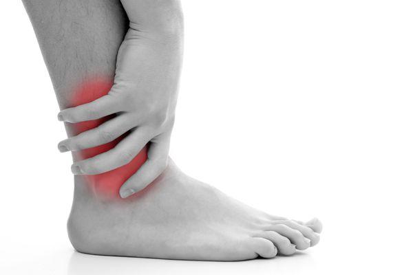 Douleur de la cheville et du pied – Symptômes, causes et traitement - http://cliniquedupied-md.com/blogue/douleur-de-la-cheville-et-du-pied-symptomes-causes-et-traitement/