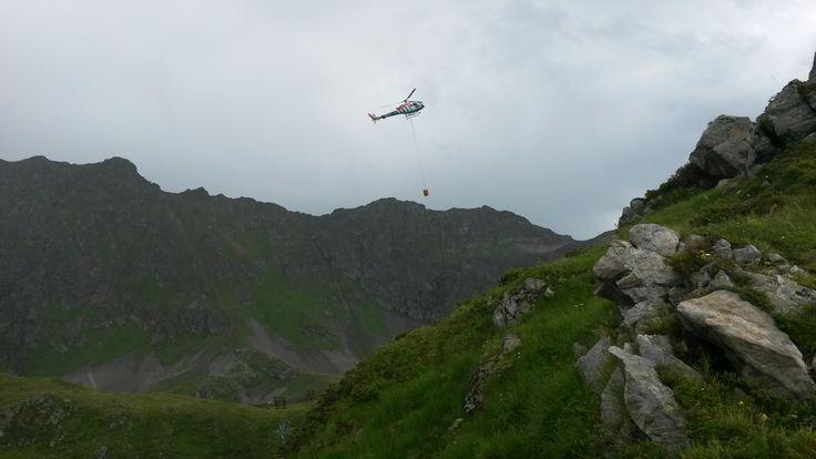 Betonlieferung per Helikopter  #silvrettamontafon #panoramabahn
