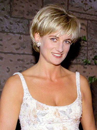 CELEBRITIES WITH SHORT HAIR Princess Diana looks flawless with this classic '90s do!