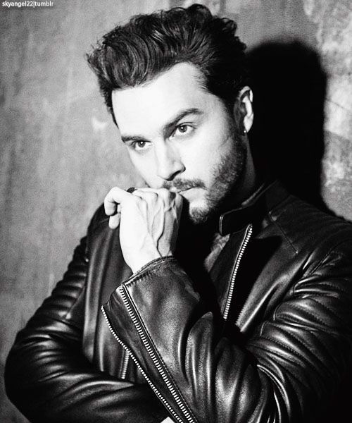 michael malarkey - perfect as Enzo in The Vampire Diaries. Would also be perfect as Dorian from The Devil's Roses. Whenever I read Dorian speaking, I hear Enzo's snarky one liners in Michael's sexy smoky British voice.