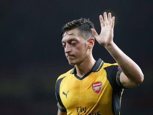 Julian Draxler wants Mesut Ozil to join Paris Saint-Germain #ParisSaintGermain #Football