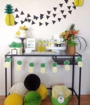 FESTA ABACAXI - Mostro 35 ideias para você montar sua festa com o tema de abacaxi, gastando pouco.