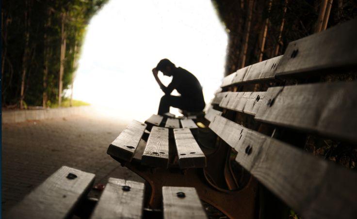 Müthiş psikoloji sayesinde depresyon' un belirtilerini öğrenebilirsiniz. Depresyon belirtileri: http://muthispsikoloji.com/depresyon-nedir-depresyon-belirtileri-nelerdir/