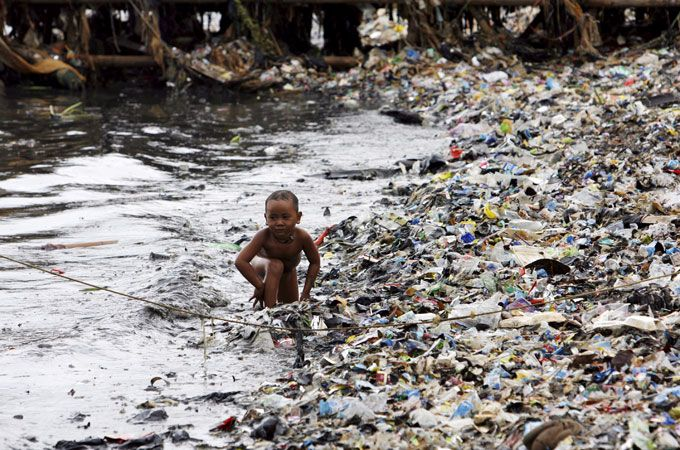 Oceans of pollution - Scientists and experts are alarmed at amount of plastic debris and growing 'dead zones' in the world's oceans - Plastic pollution in the oceans has risen alarmingly over the past four decades [EPA]