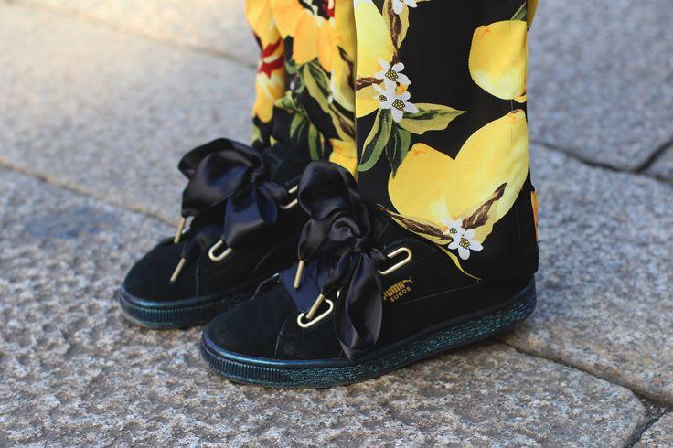 Outfit: limoni a Milano | Fashiable Toen ik de schoenen met mega strik van Sooco ontving, kwam ik er pas achter dat er glitters op de plateauzolen zitten, zo'n leuk detail!  http://fashiable.nl/2017/03/outfit-limoni-a-milano/