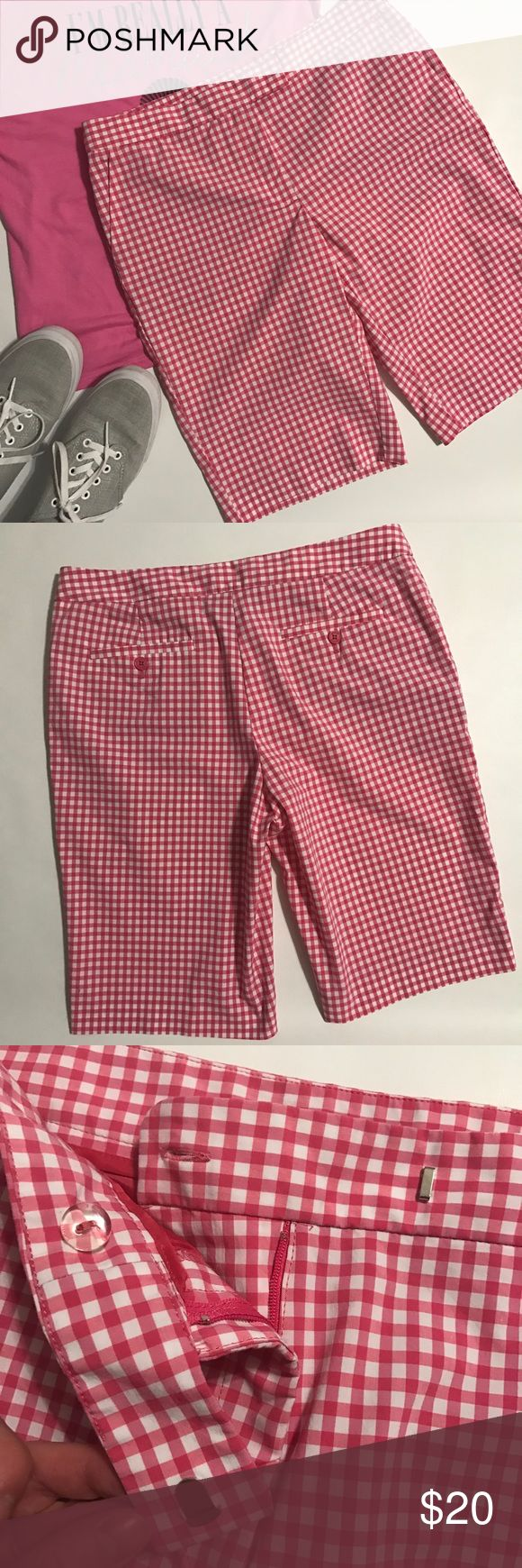 "Jones New York Signature Stretch Bermuda Shorts EUC pink and white gingham fabric for these beautiful Bermuda shorts...Perfect with a Blouse and flats, tank and flip flops or t-shirt and vans can't go wrong 💕 Size 8 they measure about 16.5"" across waist laying flat with an inseam of 12"" Cotton/Nylon and Elastane mixture(pic 5) They hang and feel nice...bundle to save more plus ⚡️📦📫😁💕 Jones New York Shorts Bermudas"