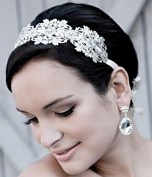 This Swarovski floral stamped headband combines ethereal beauty with vintage glamour.