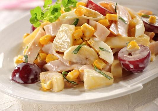 Sałatka z indykiem/ Salad with turkey, www.winiary.pl