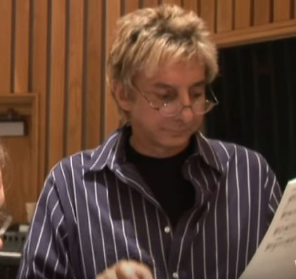 Barry Manilow performing The Greatest Hits Of The Sixties. (C) 2006 Arista Records, LLC, a unit of SONY BMG MUSIC ENTERTAINMENT