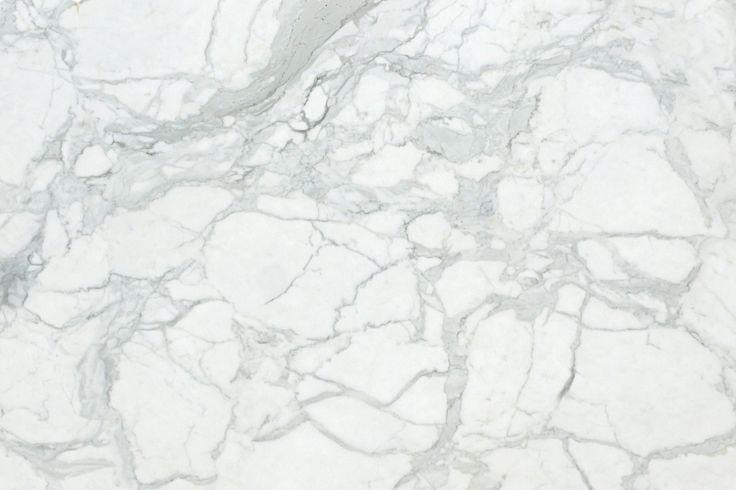 "CALACATTA CARRARA ""GOLD"" #marble #stone #floors #walls #tiles #marblefloor #marblewall #portugal #aveiro #villas #hotels #houses #white #whitemarble #branco #casas #hoteis #pavimentos #paredes #marmore #calacatta #carrara #gold #luxo #luxury"