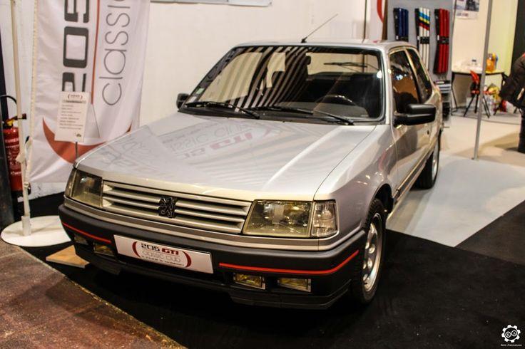 #Peugeot #309 #GTI à Epoqu'Auto à Lyon Reportage complet : http://newsdanciennes.com/2015/11/09/grand-format-epoquauto-2015/ #Voitures #Anciennes #Vintage #ClassicCars @salonepoquauto