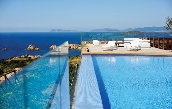 Faro Capo-Spartivento Sardinia - Chia - Luxury Hotels Sardinia