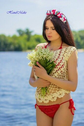 #crochet #swimsuit #red #buttons #swimwear #white #handmake #handmade #lace #women #etsy #etsyfind #summer #beachwear #beach #sexy #fashion #style #вязаниекрючком #топ #ажур #белый #красный #купальник #девушки #лето #пляж #пляжнаямода #стиль
