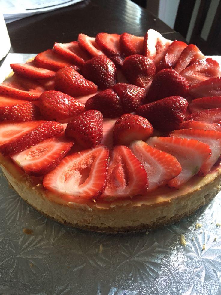 Strawberry Marble Cheesecake