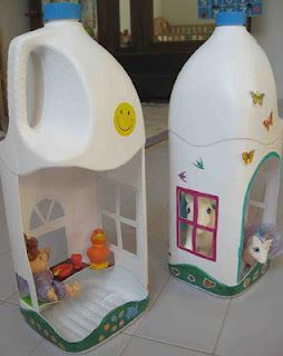 Playhouses!! My daughter would totally dig this!  Would be cute to make stuff for the boys too...like a fire station!